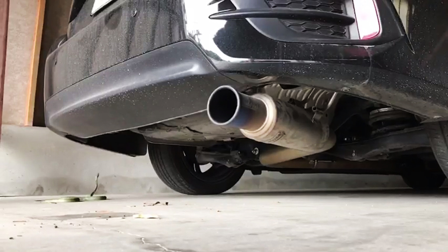งูเข้ารถ
