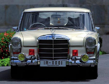 Mercedes-Benz-600-SWB-1966