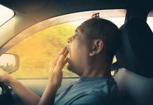 หลับในขณะขับรถ
