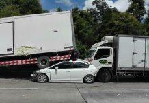 เลี่ยงรถบรรทุก ชนท้าย