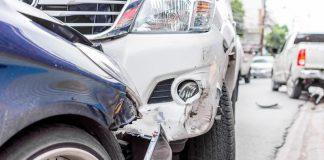 ขับรถแซง ไม่พ้นชนประสานงา (รวมคลิป)