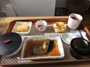 ปลาซาบะในมื้อเช้า