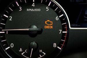 ไฟเอนจิ้นโชว์ รถยนต์กำลังจะเตือนภัยอะไรเรา?
