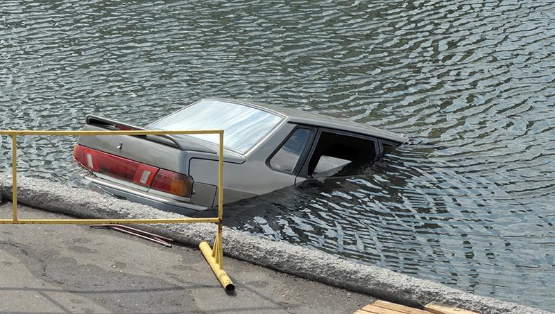 รถตกคลอง จมน้ำ เอาตัวรอดอย่างไร ภายใน 5 นาที