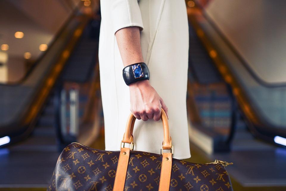 กระเป๋า