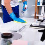 หมั่นทำความสะอาดโต๊ะทำงานเป็นประจำ เพื่อไม่ให้เกิดเชื้อโรค